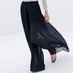 Zara Black Pleated Palazzo Pants Wide Leg Flowy XS